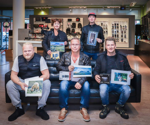 Awards given in photo contest - Canon and MBL. Jon Hilmarsson winner