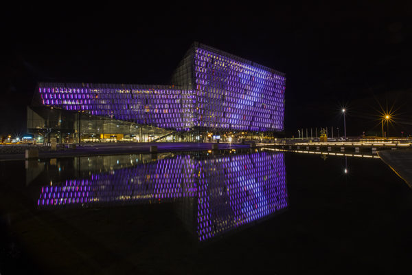 Harpa Musichall in Pink