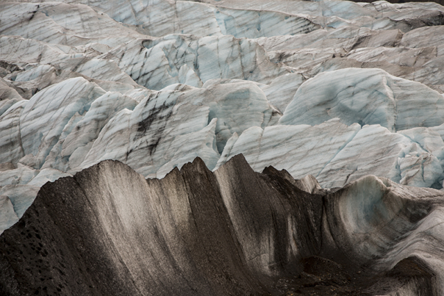 Forms in glacier