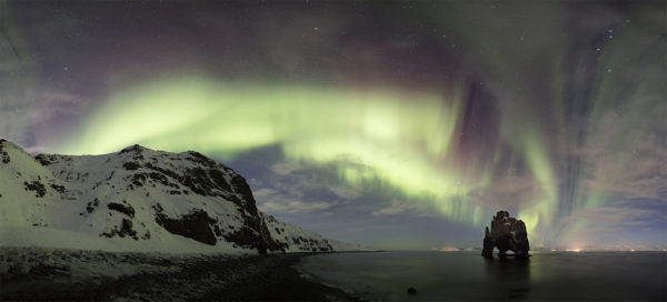 Aurora in panorama at Hvítserkur