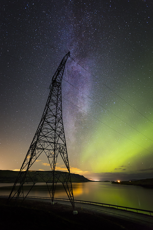 Electric post and Milky way