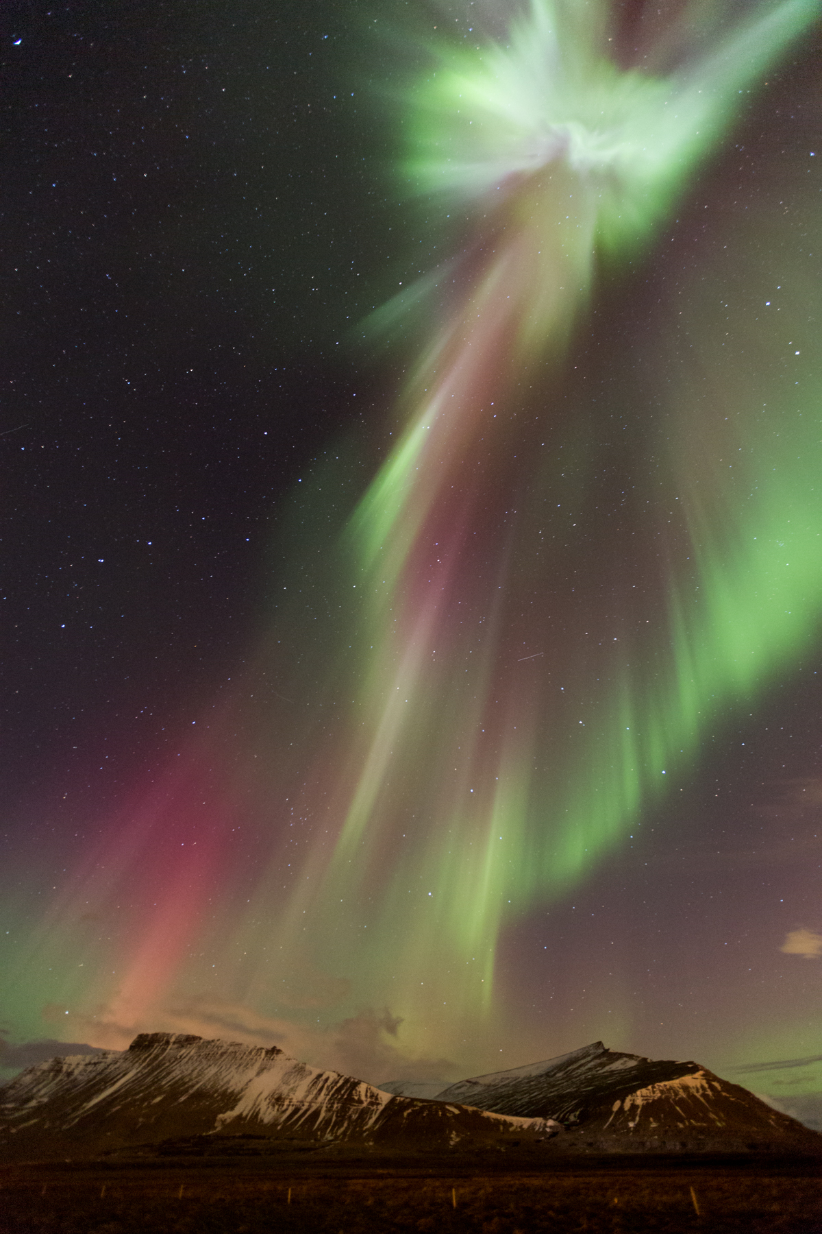 Angel formation in the Aurora
